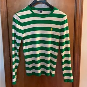 Ralph Lauren great pullover!  Great for Christmas